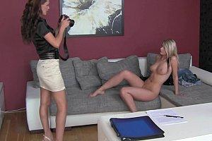 ebony mistress face sitting on slave